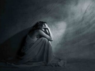 抑郁症应该如何治疗?需要注意什么?