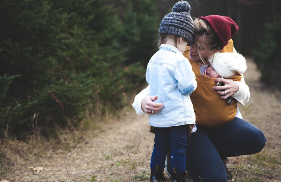 北京心理咨询:二胎出生后,12岁女儿喝药离去,留下的日记揭露真相—家庭教育问题